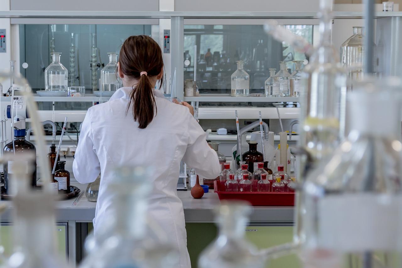 Science (生物、化学、物理、宇宙科学)