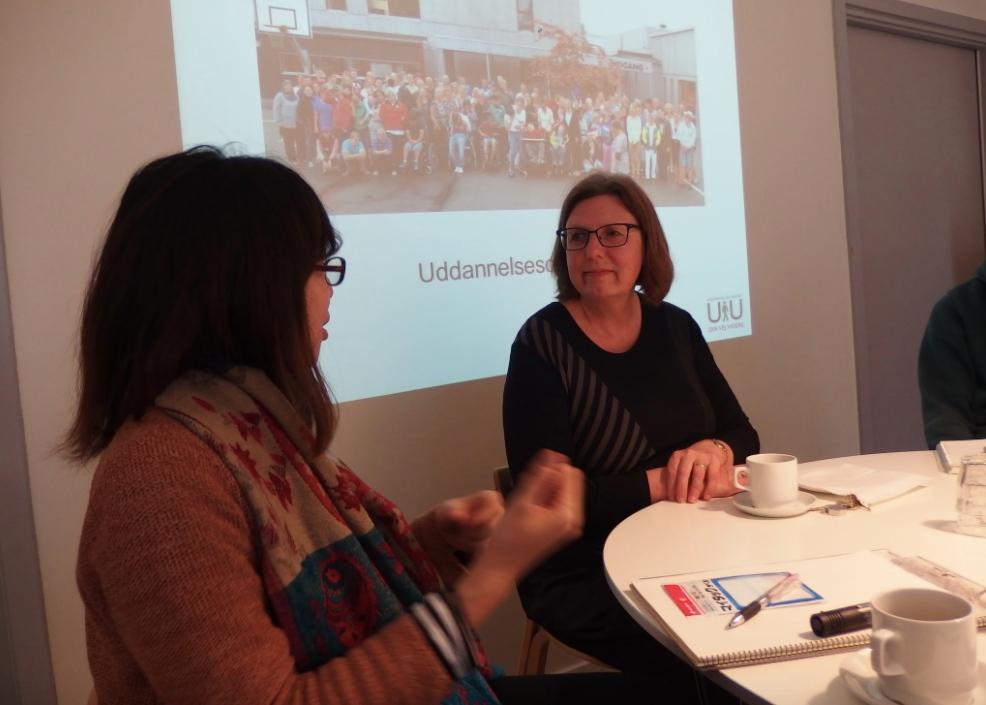デンマーク:障がいを持つ青少年のための学校の校長先生