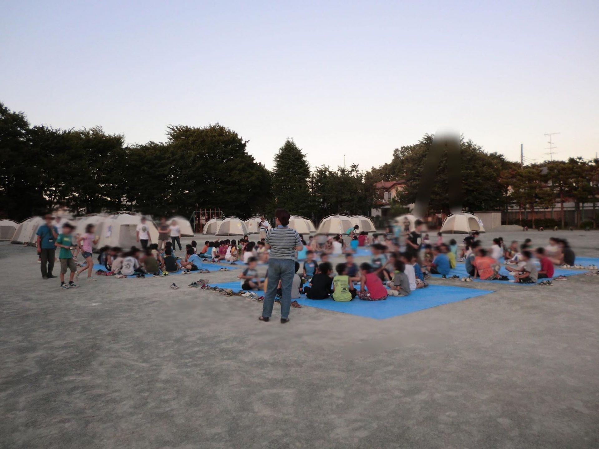 国分寺の校庭キャンプの様子