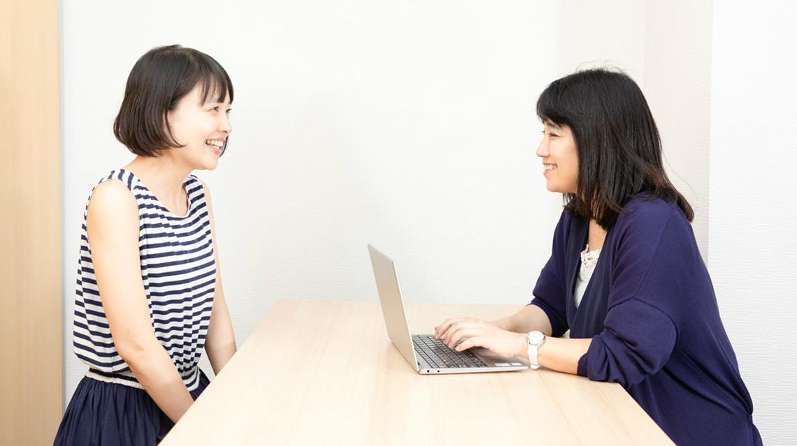 キズキ共育塾:教室運営スタッフは、生徒や講師の話をしっかりと聴き取っていくことが第一に重要な業務