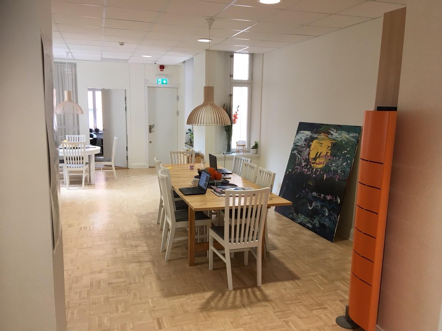 「スウェーデン成人教育協会」の事務所内の様子