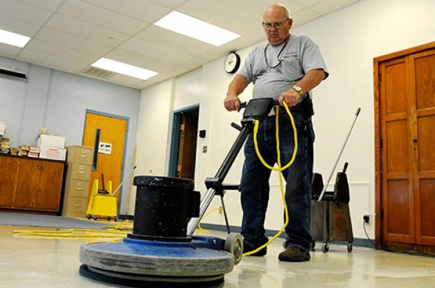 アメリカの学校での掃除